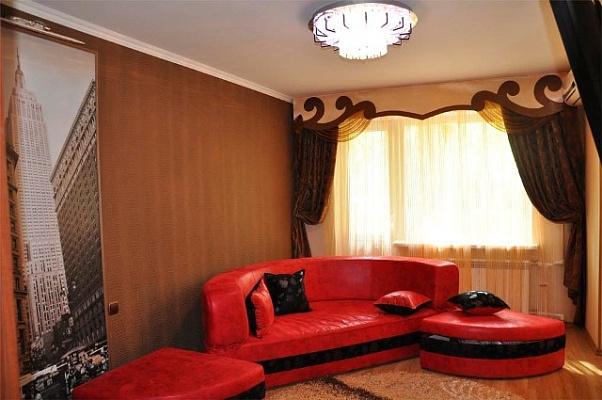 2-комнатная квартира посуточно в Николаеве. Центральный район, пр-т Ленина, 177. Фото 1