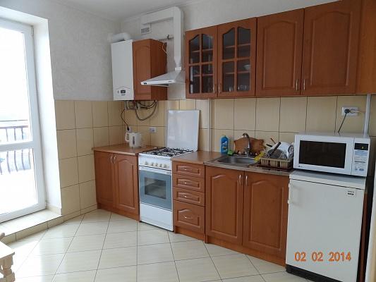 1-комнатная квартира посуточно в Ивано-Франковске. ул. Довженко, 29. Фото 1
