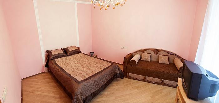 1-комнатная квартира посуточно в Львове. Лычаковский район, ул. Кривоноса, 12. Фото 1
