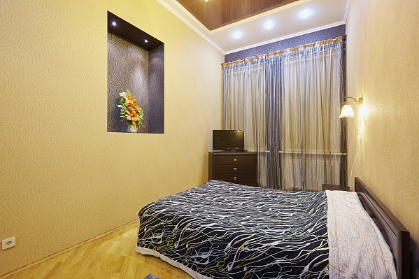 1-комнатная квартира посуточно в Львове. Галицкий район, ул. Федорова, 21. Фото 1
