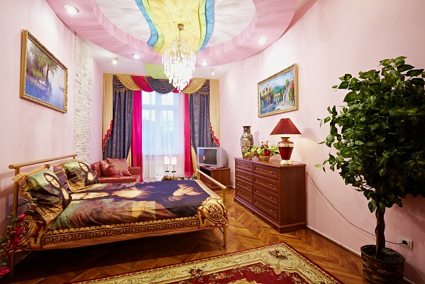1-комнатная квартира посуточно в Львове. Галицкий район, ул. Поповича, 5. Фото 1
