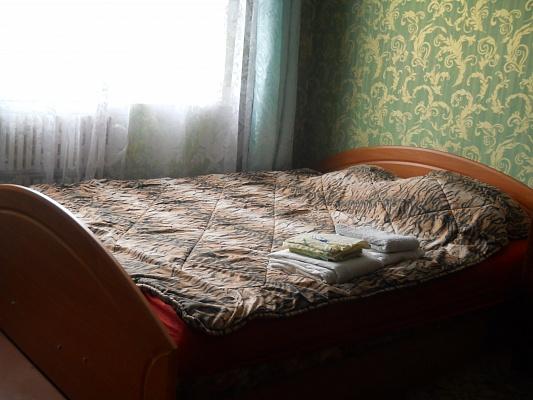 1-комнатная квартира посуточно в Ивано-Франковске. ул. Миколайчука, 8. Фото 1