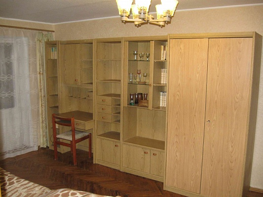 3-комнатная квартира посуточно в Харькове. Дзержинский район, Деревянко, 1. Фото 1