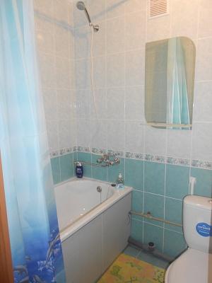 1-комнатная квартира посуточно в Житомире. ул. Гагарина, 6. Фото 1