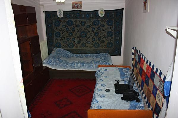 Комната  посуточно в Феодосии. пер. Славянский, 5. Фото 1