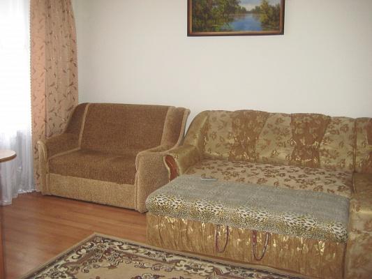 1-комнатная квартира посуточно в Трускавце. ул. Стебницкая, 104. Фото 1
