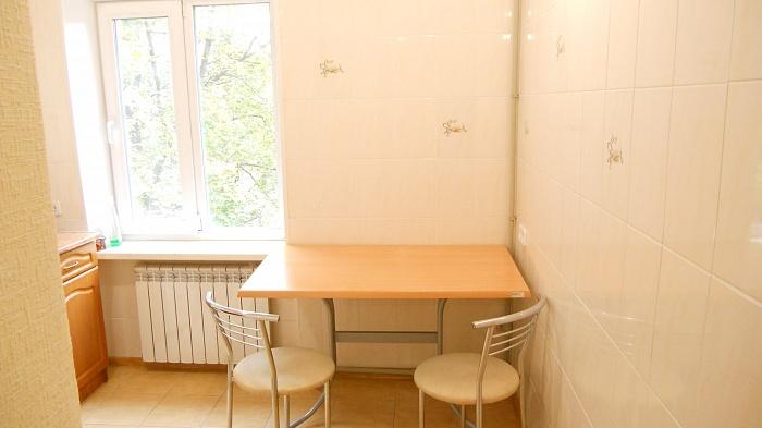 1-комнатная квартира посуточно в Горловке. ул. Рудакова, 50. Фото 1