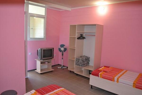1-комнатная квартира посуточно в Алуште. с. Солнечногорское, ул. Табачная, 15. Фото 1
