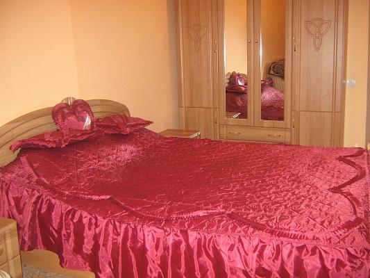 1-комнатная квартира посуточно в Львове. Галицкий район, ул. Котлярская, 1. Фото 1