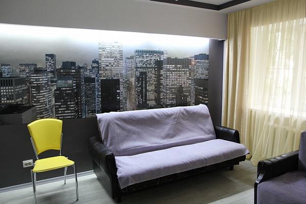 1-комнатная квартира посуточно в Одессе. Малиновский район, ул. Ицхака Рабина, 16. Фото 1