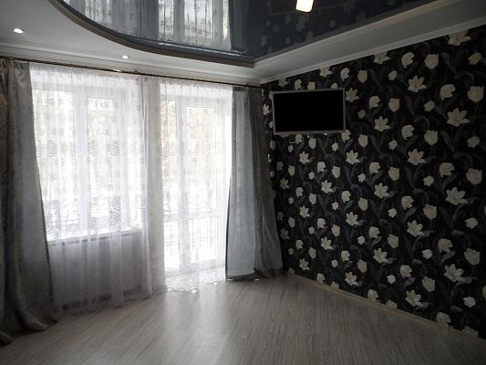 2-комнатная квартира посуточно в Измаиле. пр-т Ленина, 35. Фото 1