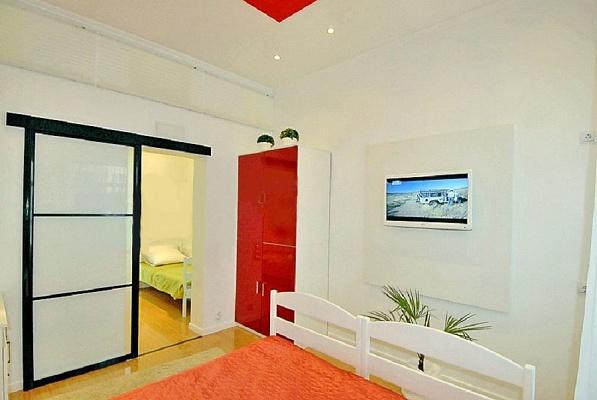 2-комнатная квартира посуточно в Ялте. ул. Игнатенко, 7. Фото 1