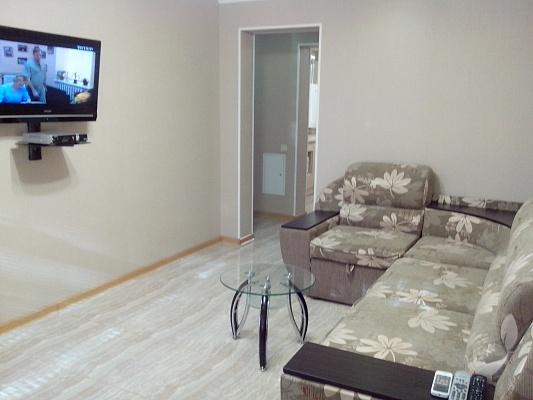 2-комнатная квартира посуточно в Горловке. б-р Димитрова , 38. Фото 1
