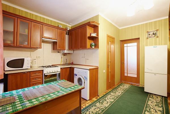 Дом  посуточно в Львове. Зализнычный район, ул. Одесская, 9. Фото 1
