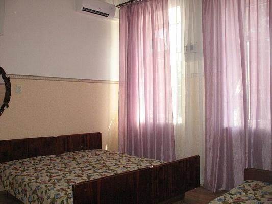1-комнатная квартира посуточно в Евпатории. ул. Демышева, 24/1. Фото 1