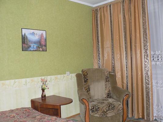 1-комнатная квартира посуточно в Хмельницком. ул. Вайсера, 28. Фото 1
