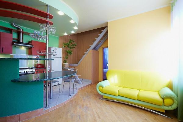 2-комнатная квартира посуточно в Львове. Галицкий район, ул. Ярослава Мудрого, 12Ц. Фото 1