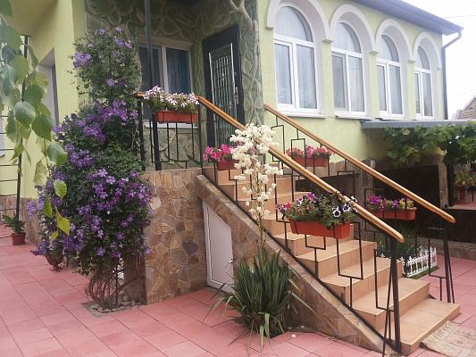 Дом  посуточно в Санжейке. ул. Приморская, 14а. Фото 1