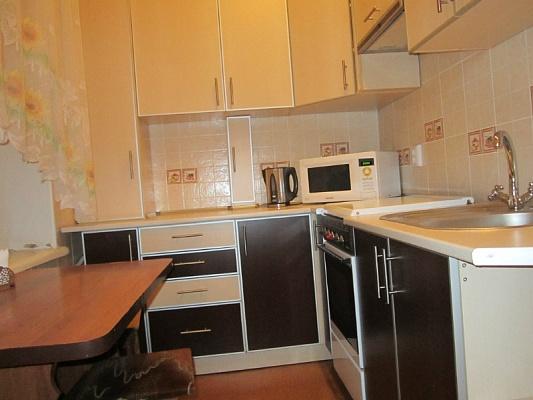 3-комнатная квартира посуточно в Харькове. Киевский район, ул. Пушкинская, 54. Фото 1