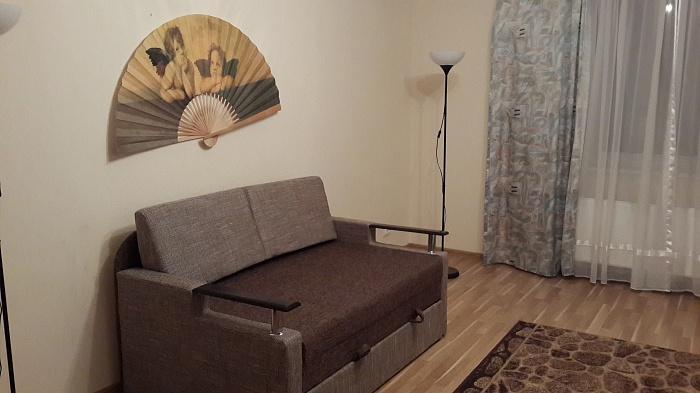 2-комнатная квартира посуточно в Львове. Железнодорожный район, ул. Юнакива, 9. Фото 1