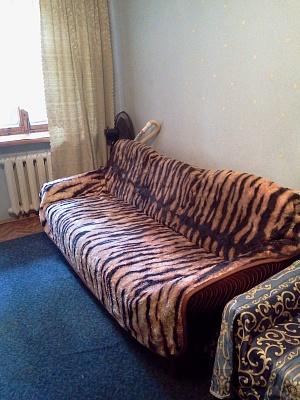 2-комнатная квартира посуточно в Одессе. Приморский район, ул. Романа Кармена, 13. Фото 1