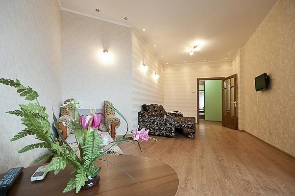 1-комнатная квартира посуточно в Одессе. Приморский район, ул. Cреднефонтанская, 19-А. Фото 1