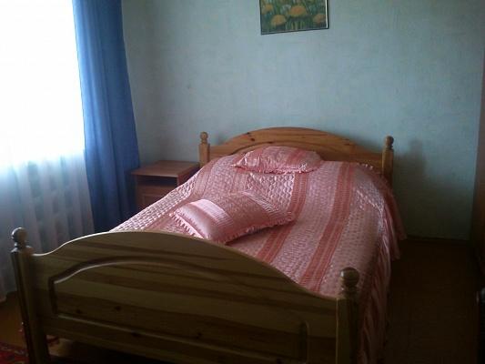 2-комнатная квартира посуточно в Бердянске. ул. Лиепайская, 17. Фото 1