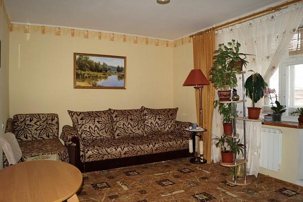 1-комнатная квартира посуточно в Феодосии. пер. Колхозный, 1. Фото 1