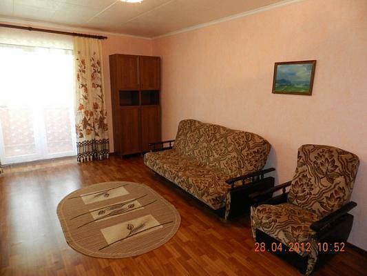 1-комнатная квартира посуточно в Феодосии. ул. Чехова, 17. Фото 1