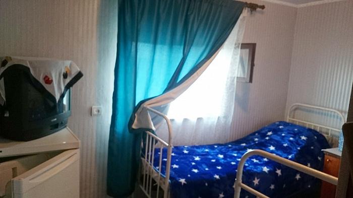 Мини-отель  посуточно в Стрелковом. ул. Ленина, 76. Фото 1