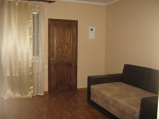 1-комнатная квартира посуточно в Умани. пер. Чкалова, 2. Фото 1