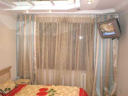 2-комнатная квартира посуточно в Донецке. Ворошиловский район, ул. Шекспира, 23. Фото 1