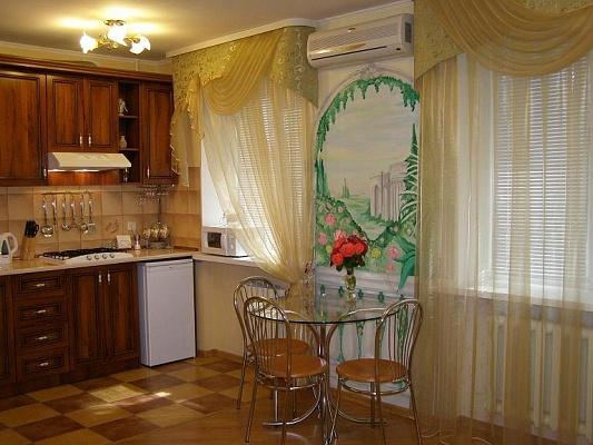 1-комнатная квартира посуточно в Николаеве. Ленинский район, пр-т Октябрьский, 32. Фото 1