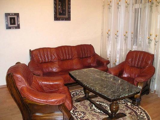 3-комнатная квартира посуточно в Одессе. Приморский район, ул. Екатерининская, 18. Фото 1