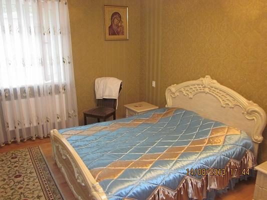 2-комнатная квартира посуточно в Виннице. Замостянский район, ул. Владимира Винниченко, 33. Фото 1