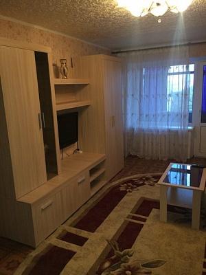 2-комнатная квартира посуточно в Николаеве. Центральный район, пр-т Центральный (Ленина), 76. Фото 1