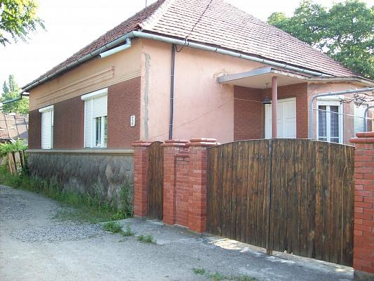 Дом  посуточно в Берегово. ул. Баттяни, 5. Фото 1
