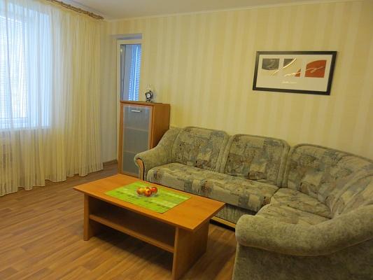 2-комнатная квартира посуточно в Черкассах. б-р Шевченко, 241/1. Фото 1