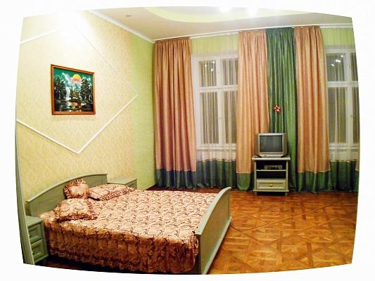 2-комнатная квартира посуточно в Львове. Галицкий район, ул. Григоровича, 8. Фото 1
