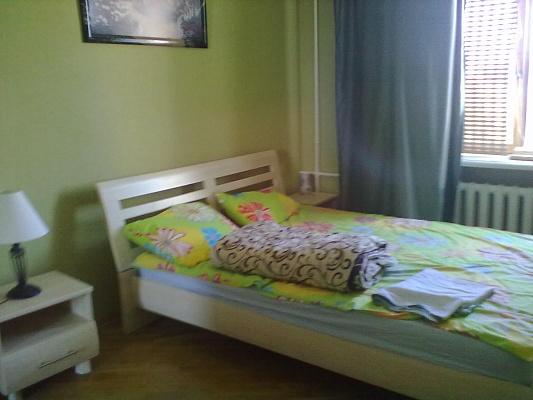 2-комнатная квартира посуточно в Житомире. пл. Cоборная, 4. Фото 1