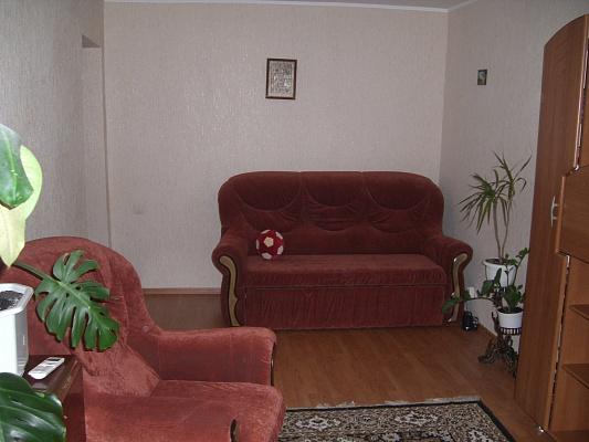 2-комнатная квартира посуточно в Миргороде. Панаса Мирного, 22. Фото 1