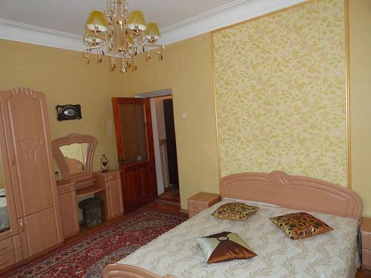 2-комнатная квартира посуточно в Одессе. Приморский район, Николаевская дорога. Фото 1