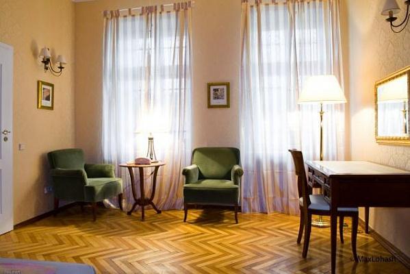 1-комнатная квартира посуточно в Львове. Галицкий район, ул. Дорошенко, 31. Фото 1