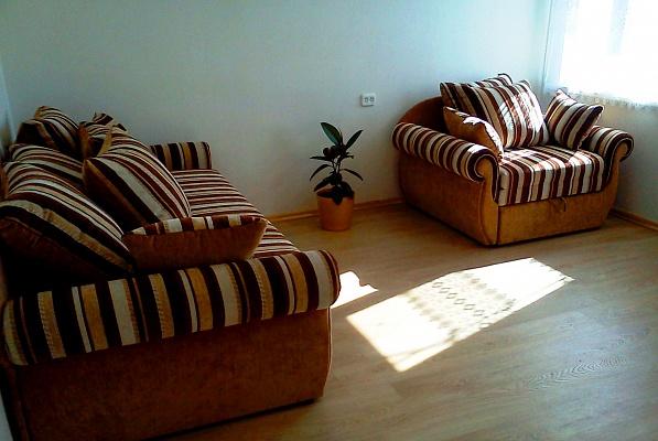 1-комнатная квартира посуточно в Керчи. ул. Набережная. Фото 1
