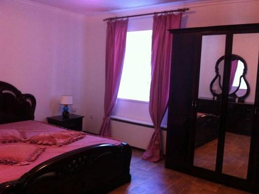Мини-отель  посуточно в Хорлах. ул. Пограничная, 28а. Фото 1