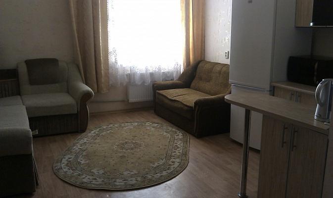 1-комнатная квартира посуточно в Харькове. Ленинский район, ул. Котлова, 83. Фото 1