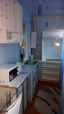1-комнатная квартира посуточно в Луганске. Ленинский район, ул. Демехина, 22. Фото 1
