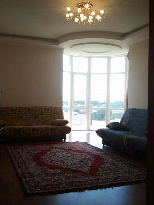 2-комнатная квартира посуточно в Одессе. Суворовский район, ул. Балковская, 22а. Фото 1