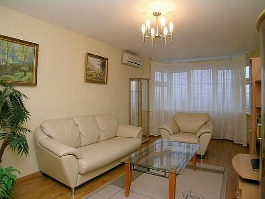 1-комнатная квартира посуточно в Макеевке. мкрн Солнечный, 18. Фото 1