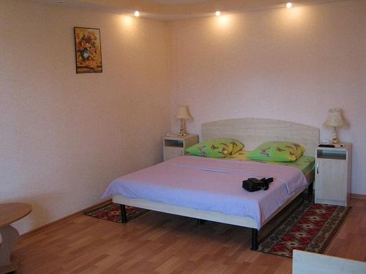 1-комнатная квартира посуточно в Саках. ул. Курортная, 15. Фото 1